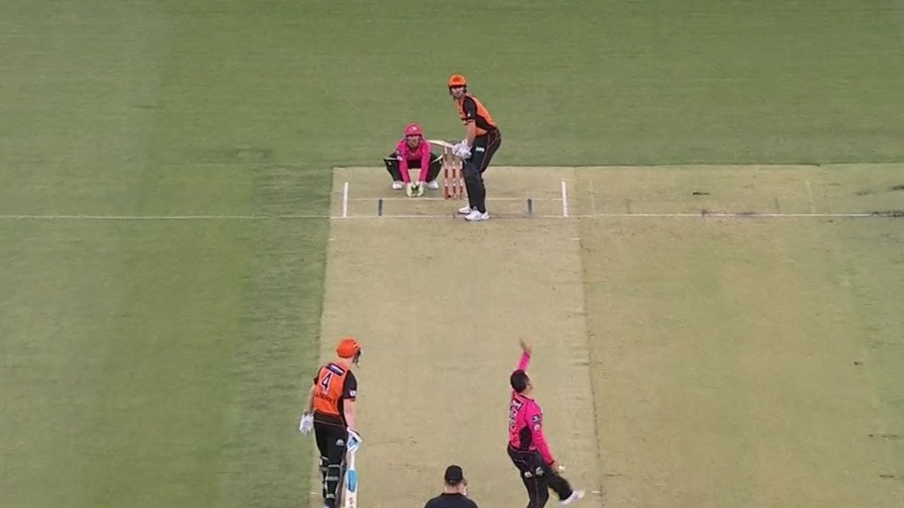 Bancroft stars in Scorchers win