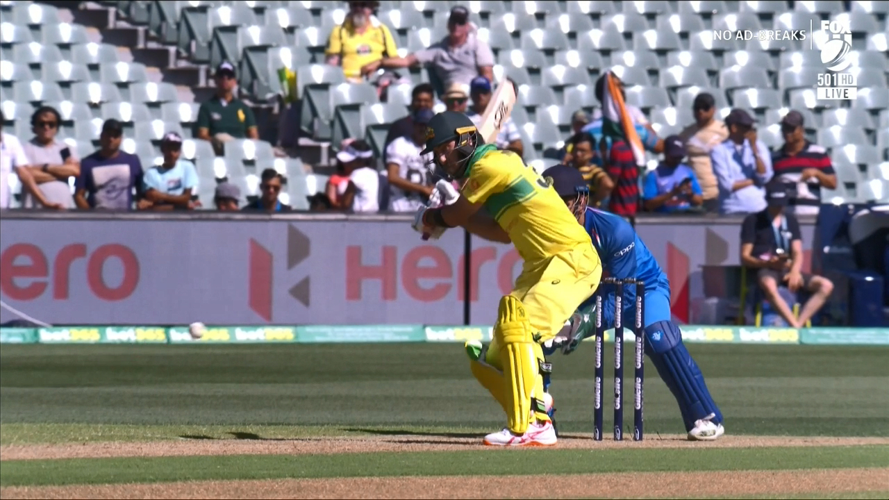 Maxwell smashes Kuldeep for six