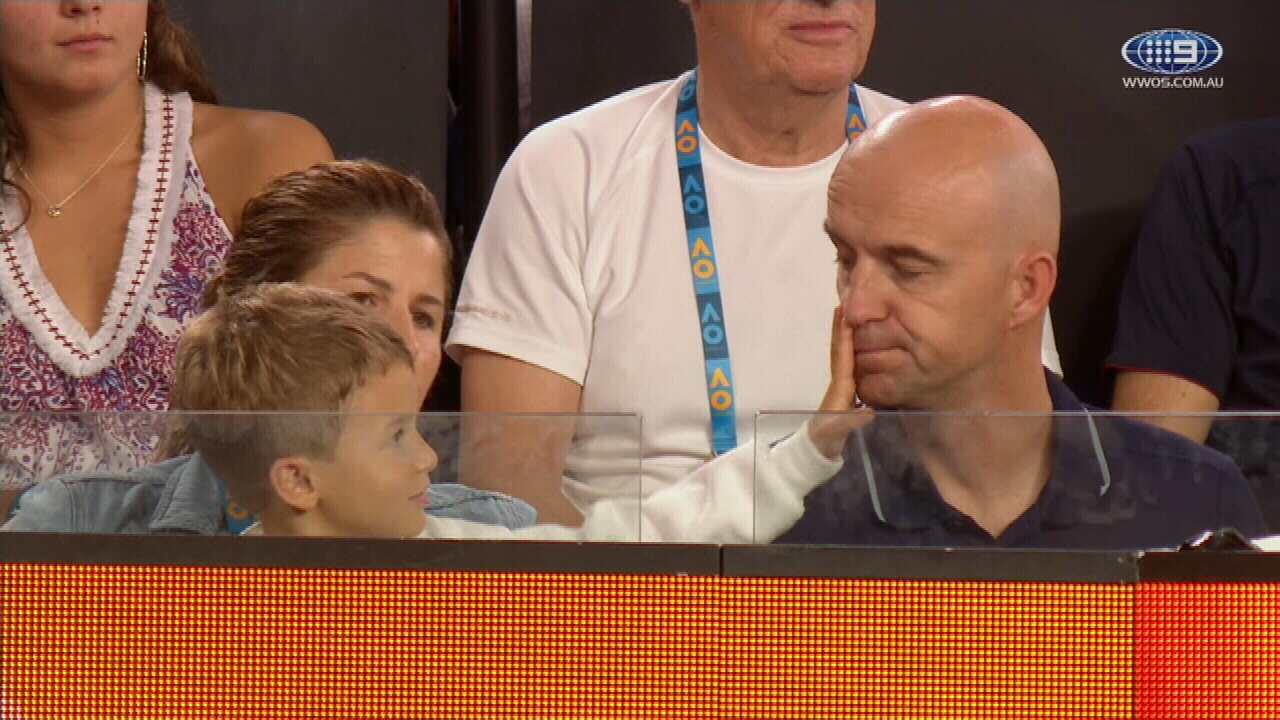 Federer's cute son moment