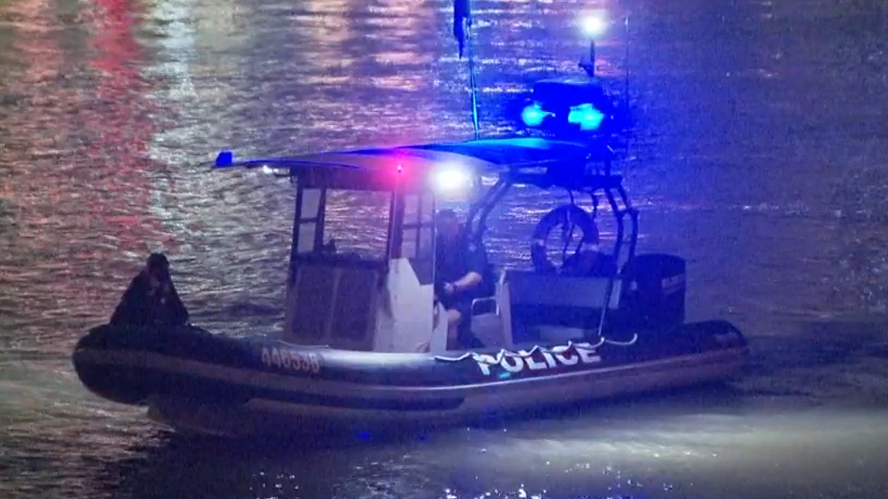 Search to resume for man missing in Brisbane river