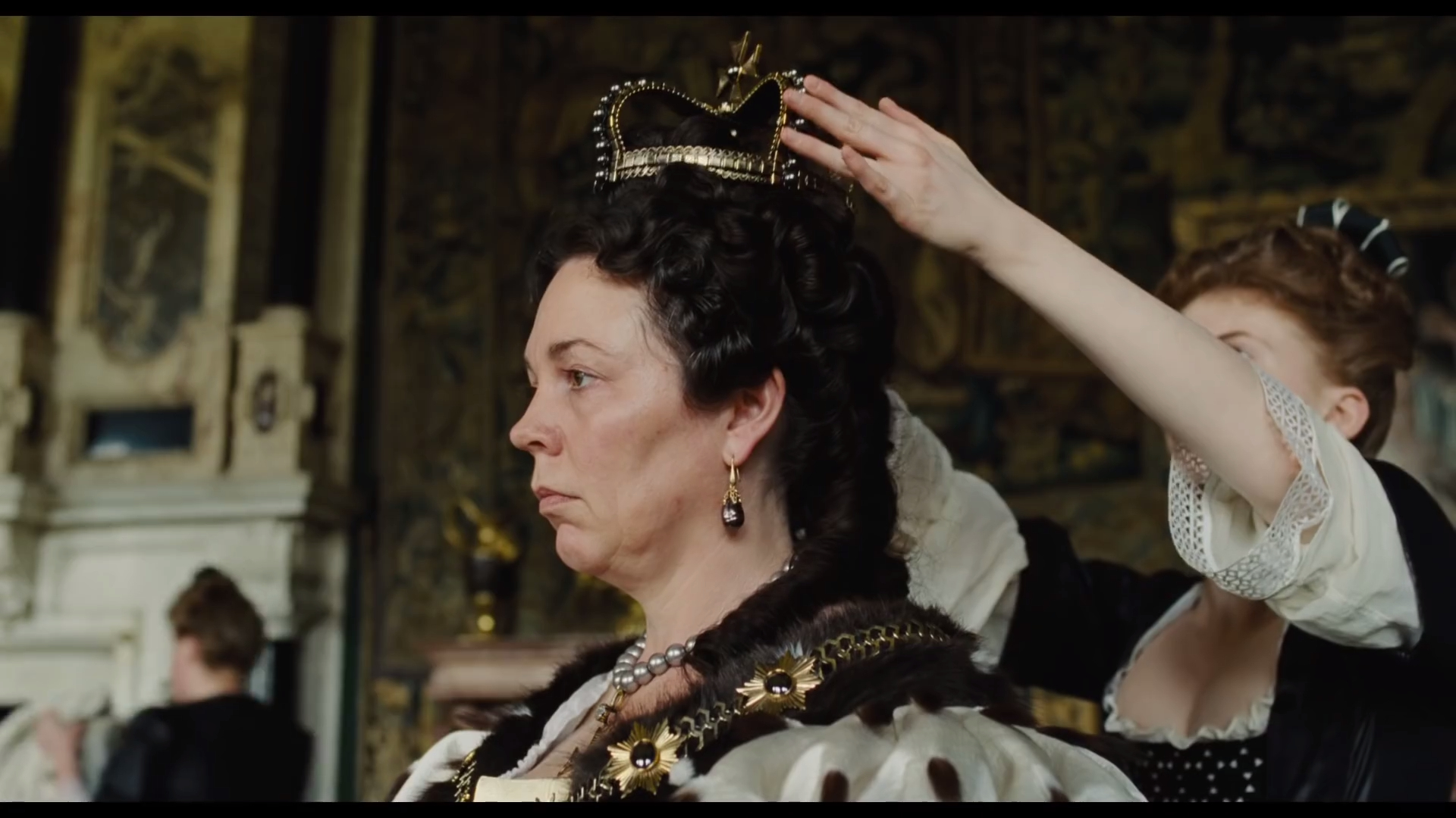 'The Favourite' official trailer
