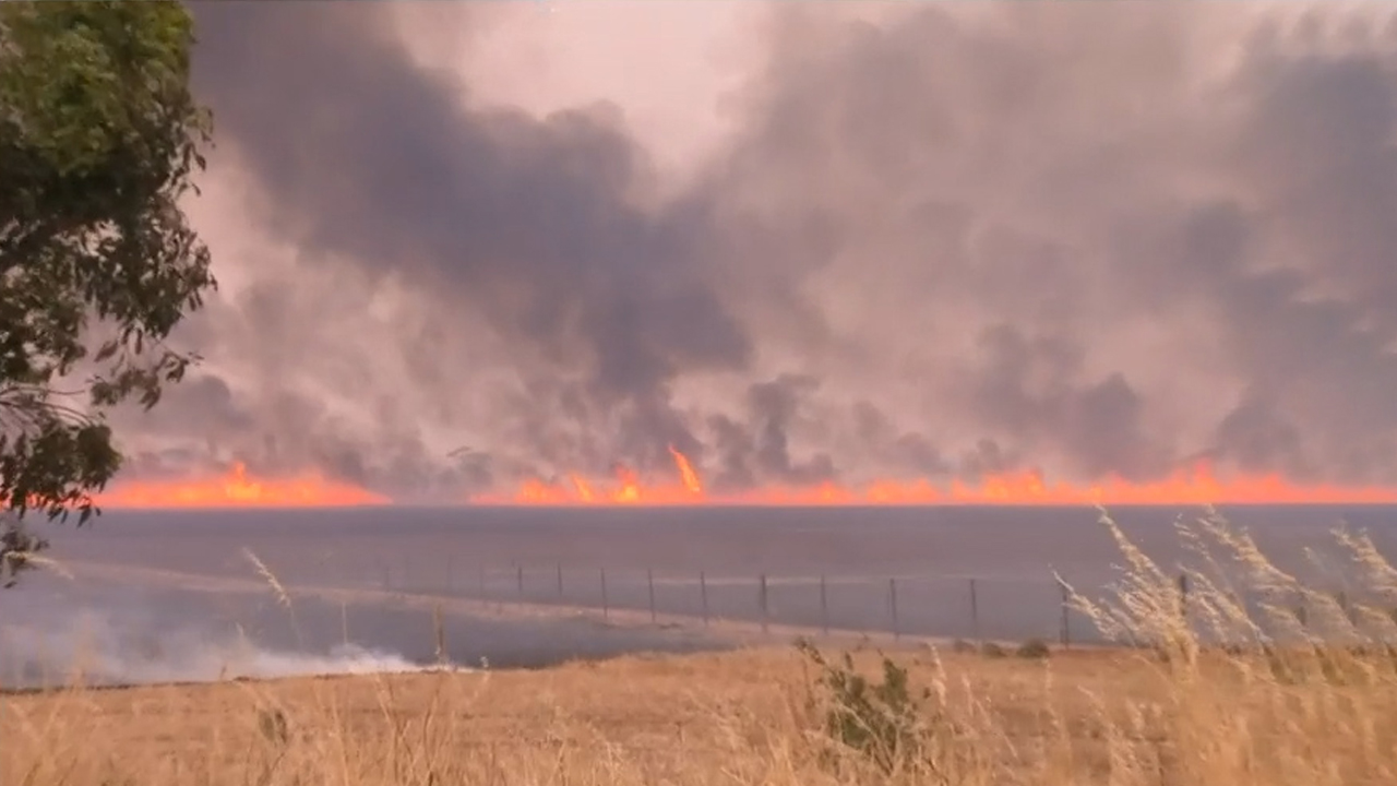 Scorching conditions for South Australia and Victoria