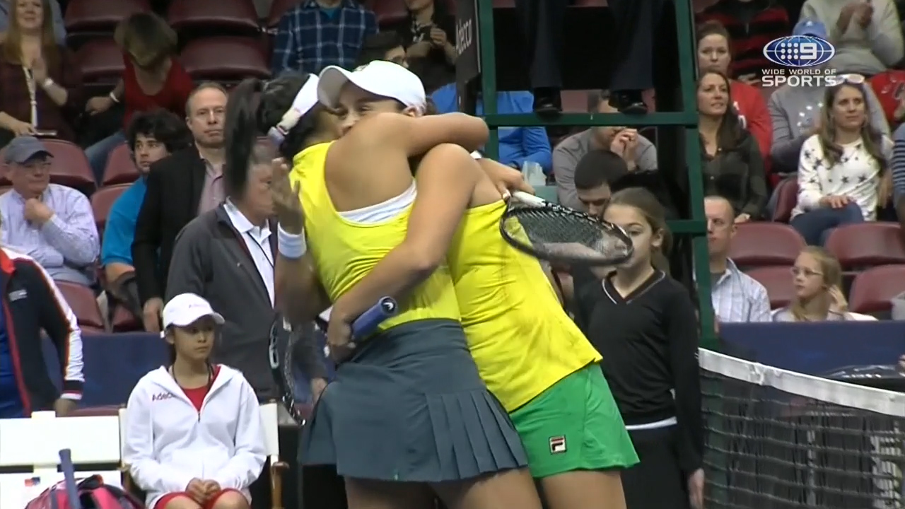 Australia defeat USA after doubles victory