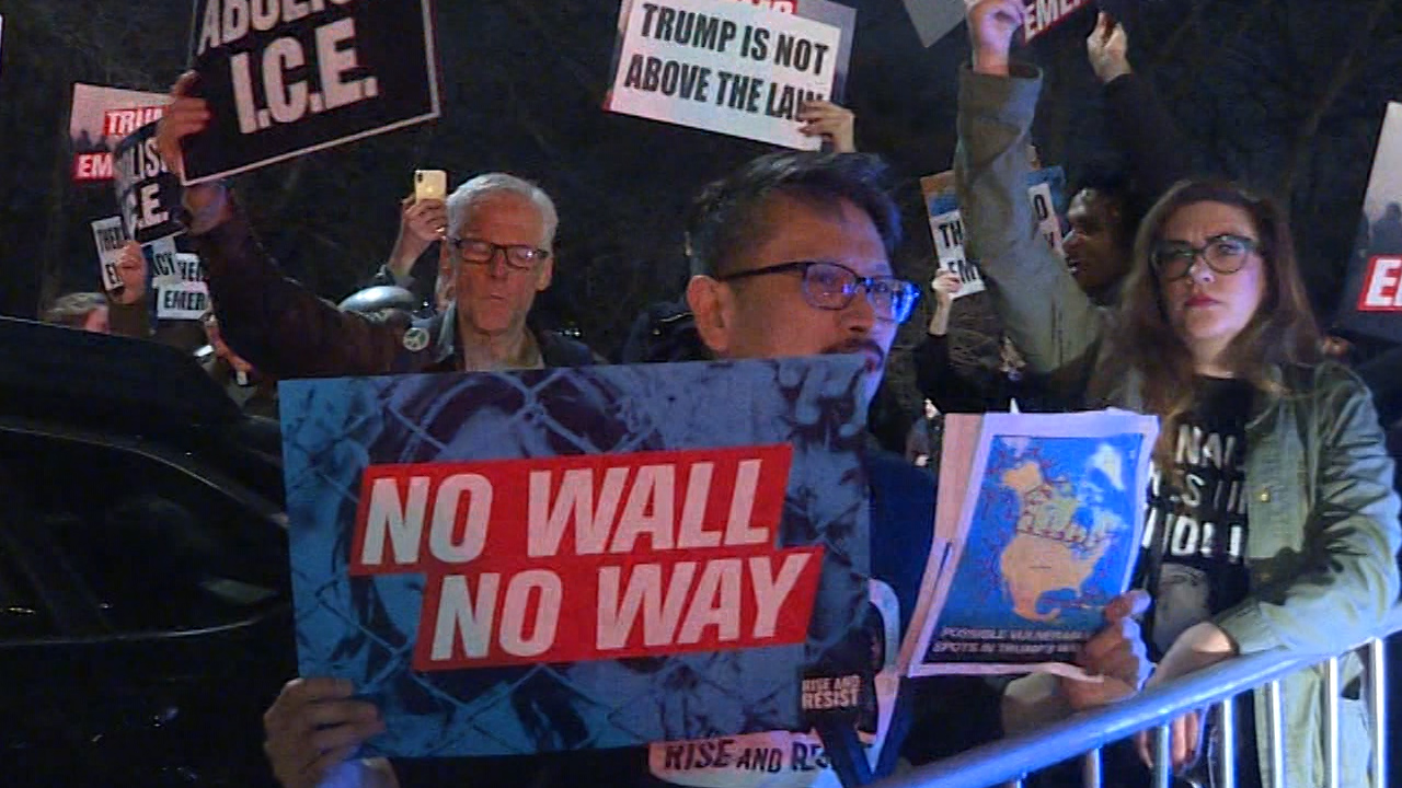 Protesters gather at NY Trump hotel
