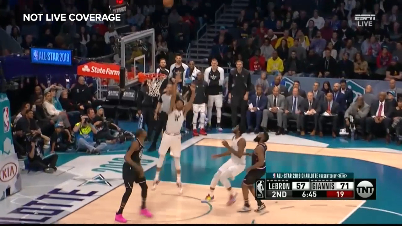 Giannis skies above the rim