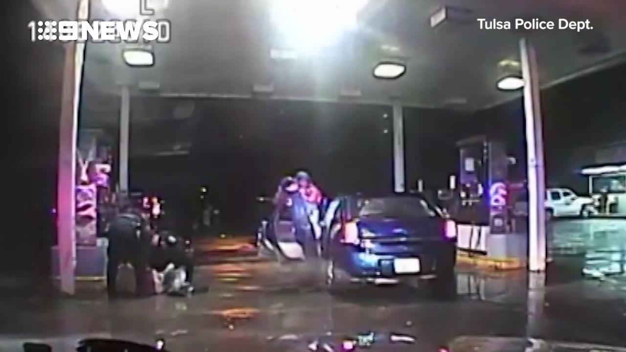 Police rescue kids from carjacker