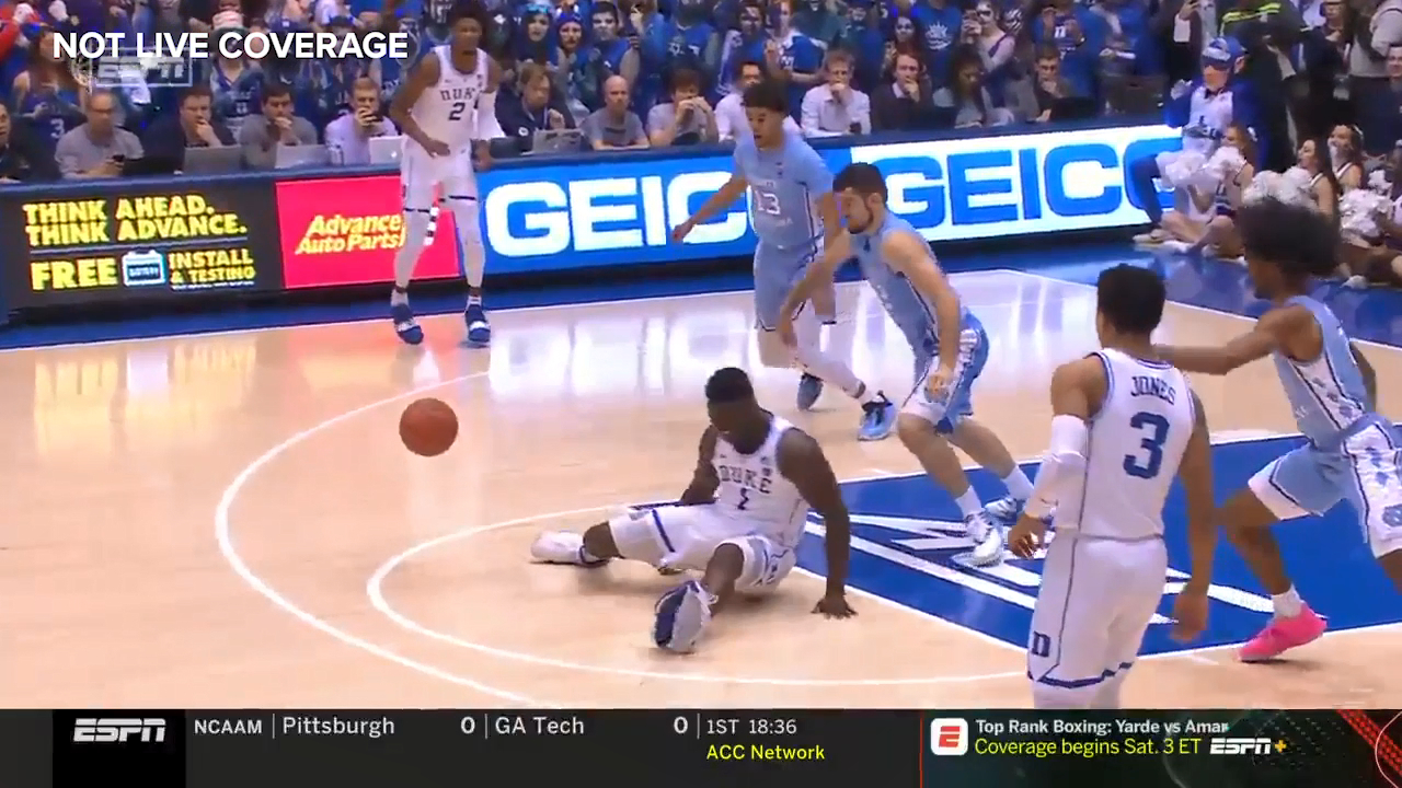 Zion's shoe suddenly splits open