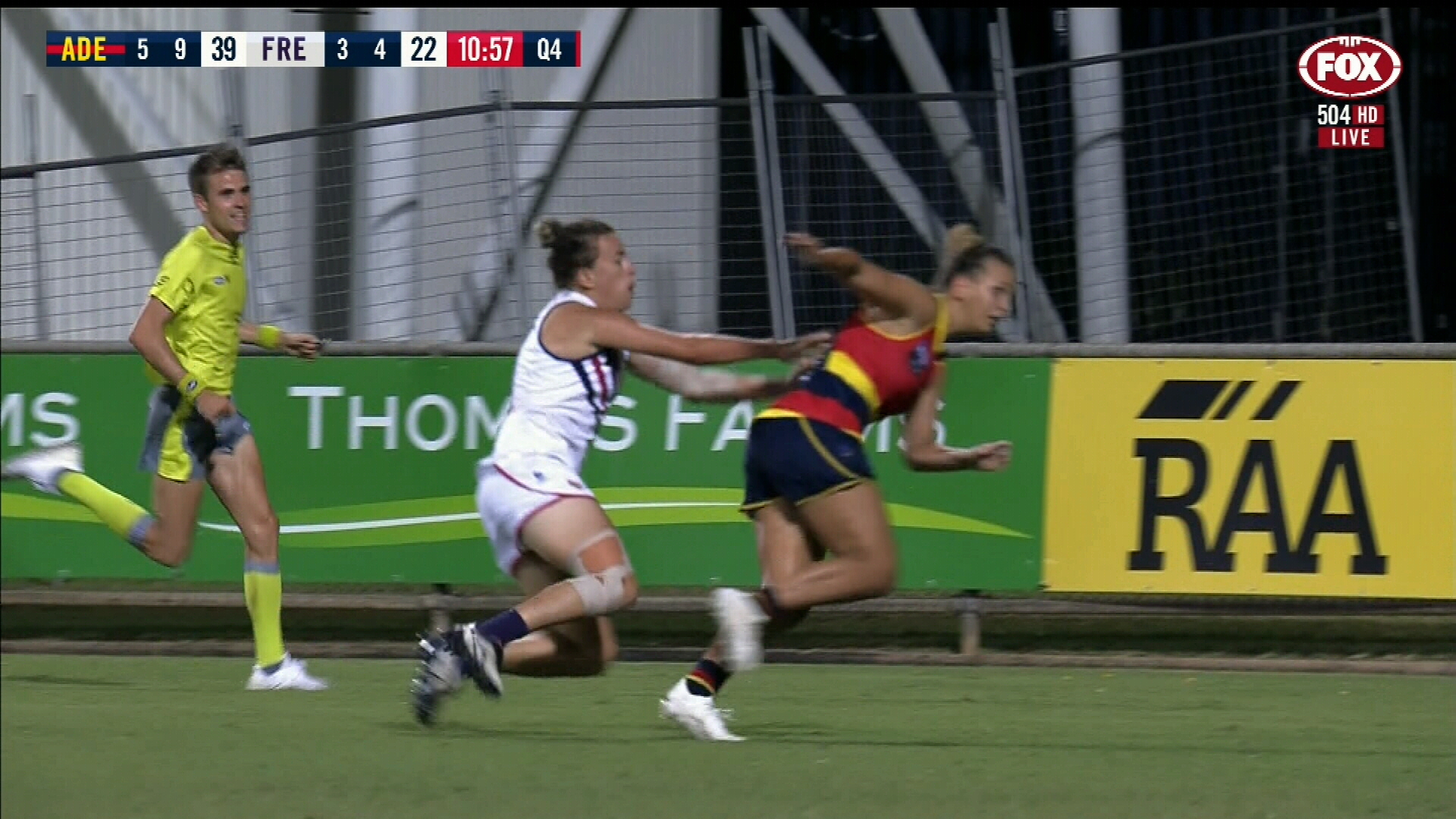 Adelaide smash Fremantle in AFLW