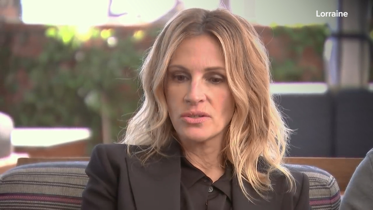 Julia Roberts weighs in on college admissions scam