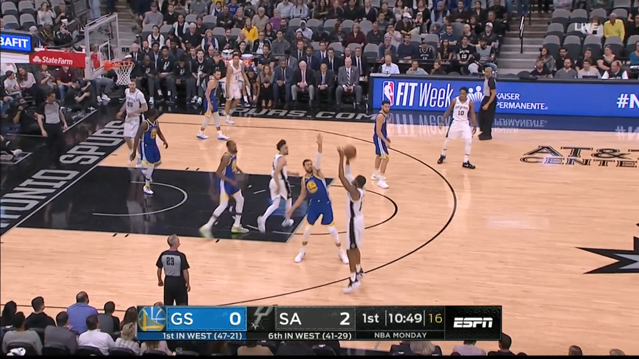 Bogut scores first points since NBA return