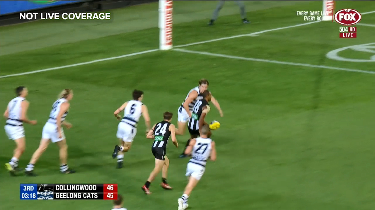 De Goey snaps up the loose ball