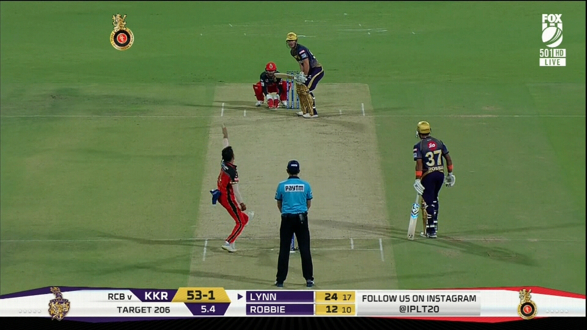 Chris Lynn hits six out of the stadium