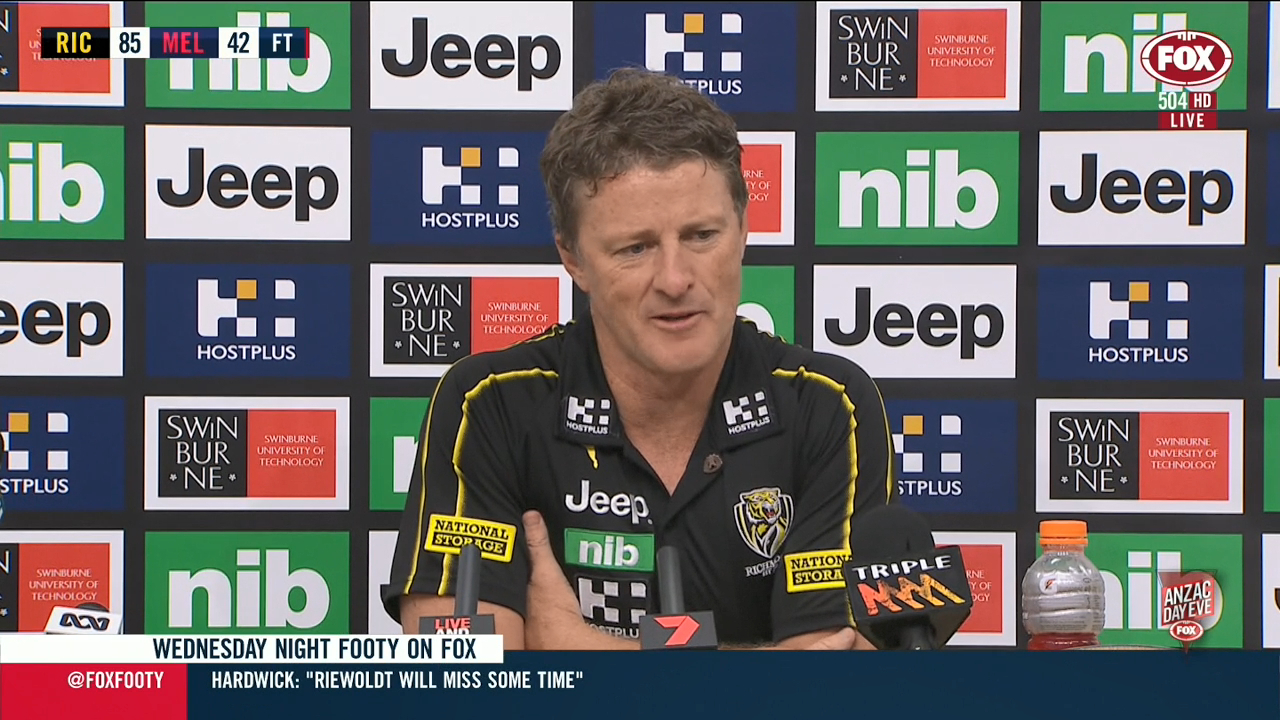 Hardwick confirms Riewoldt injury