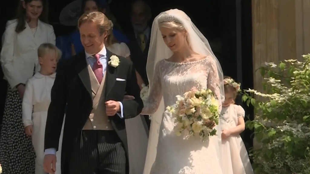 b04c602a85957 The most beautiful royal wedding dresses of all time - 9Style