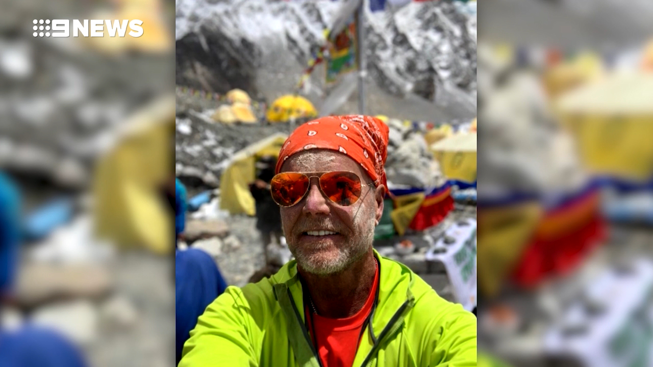 Man killed descending from Mt Everest peak