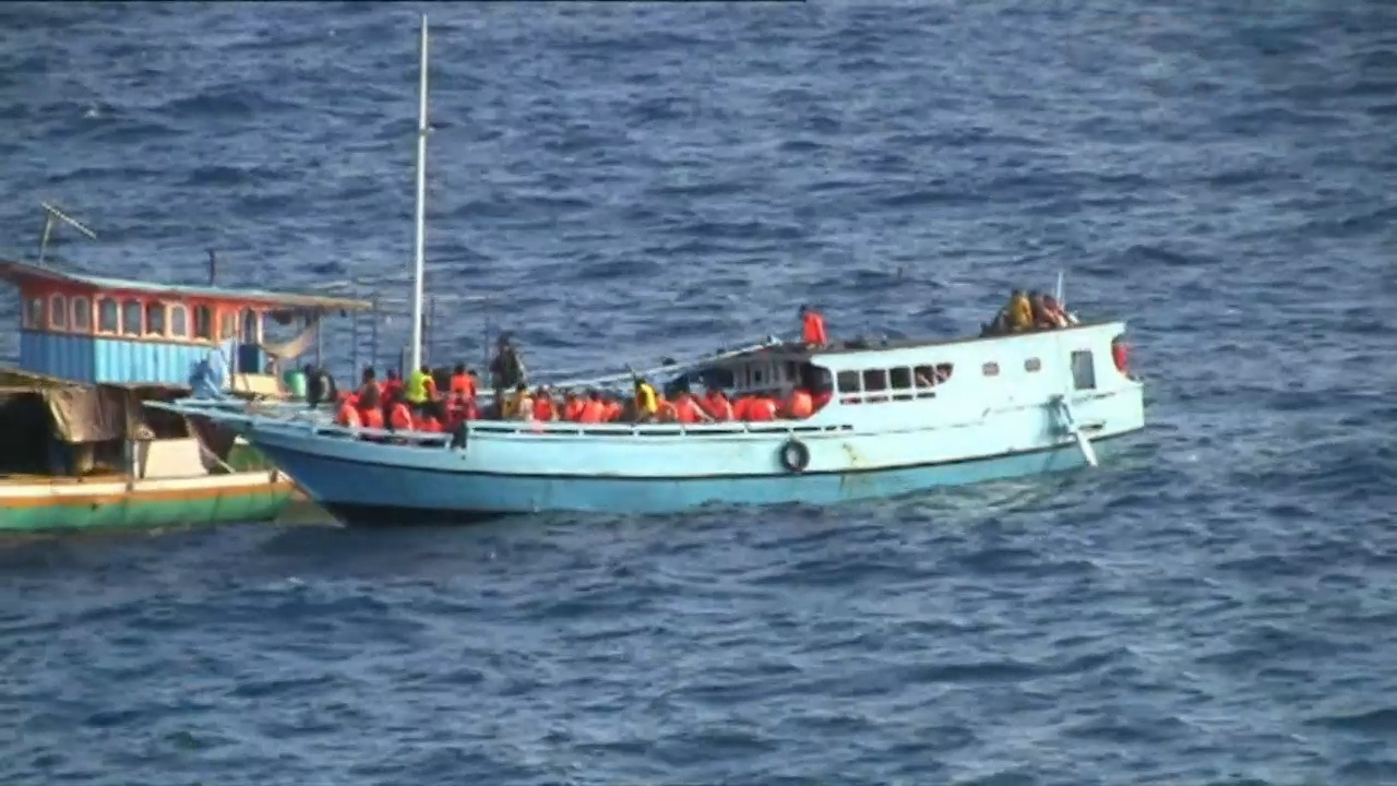Australia returns 20 SL asylum seekers after boat intercepted