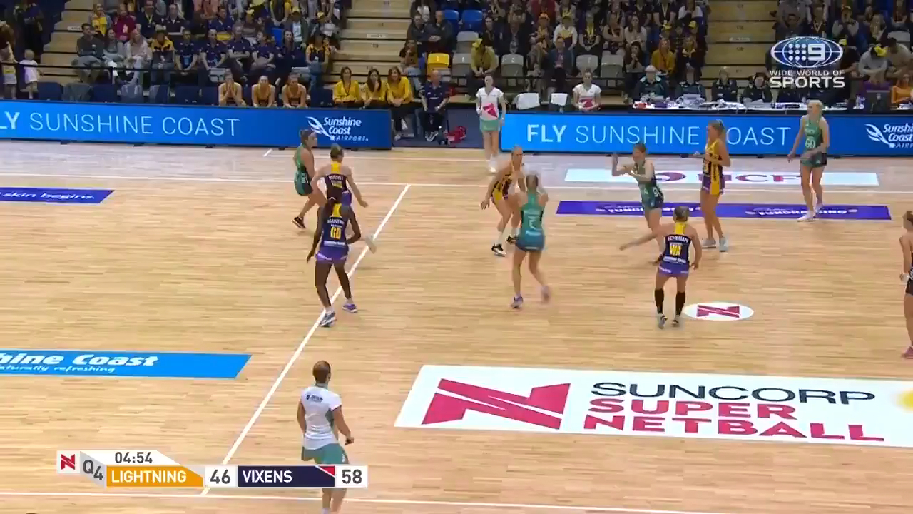A brilliantly devised and executed defensive plan powered the Melbourne Vixens to a 62-52 Super Netball win against the champion Sunshine Coast Lightning.