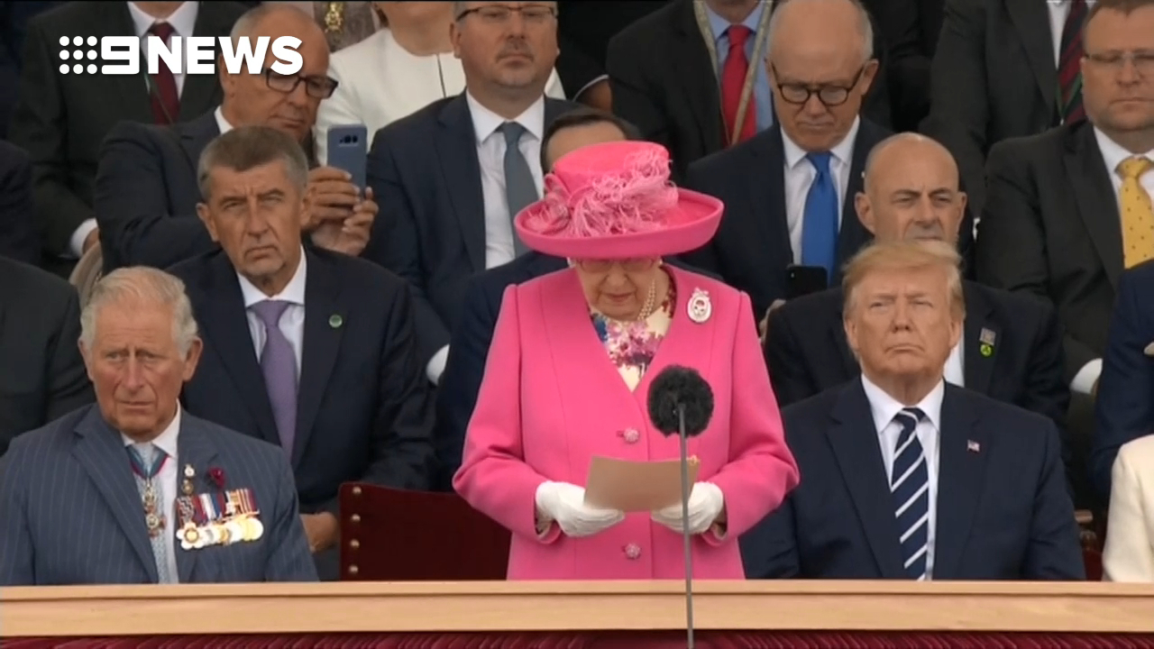 Trump 'didn't' fist-bump the Queen