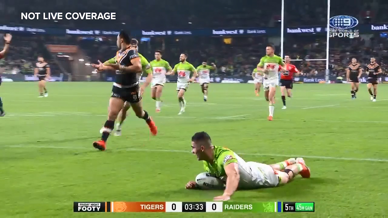 NRL: Bailey Simonsson finishes a nifty try for the Canberra Raiders