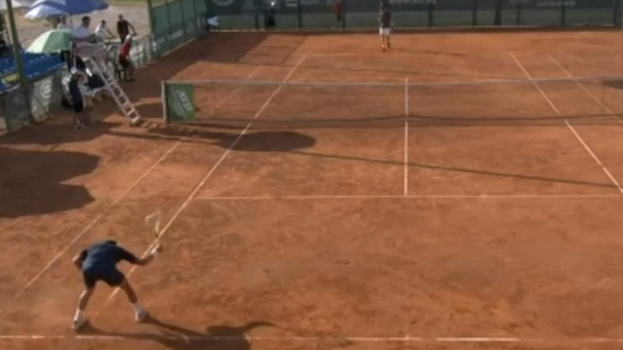 'Ballistic' racquet smash goes viral
