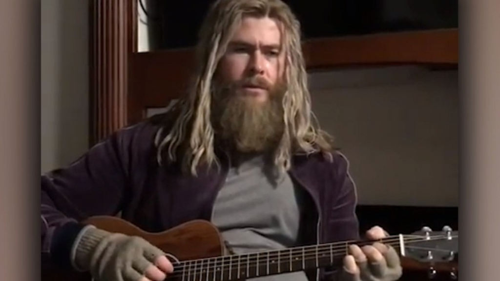 Chris Hemsworth debuts Fat Thor on Jimmy Fallon's show