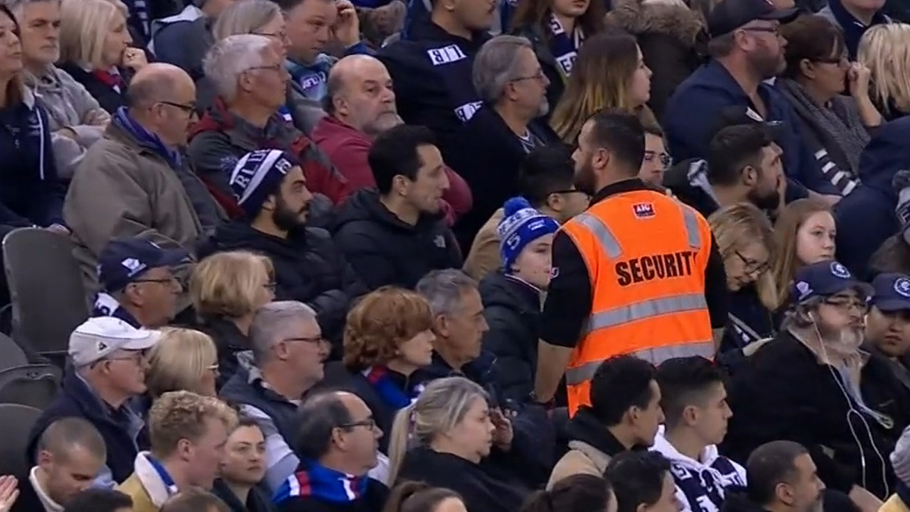 TJ slams AFL over security