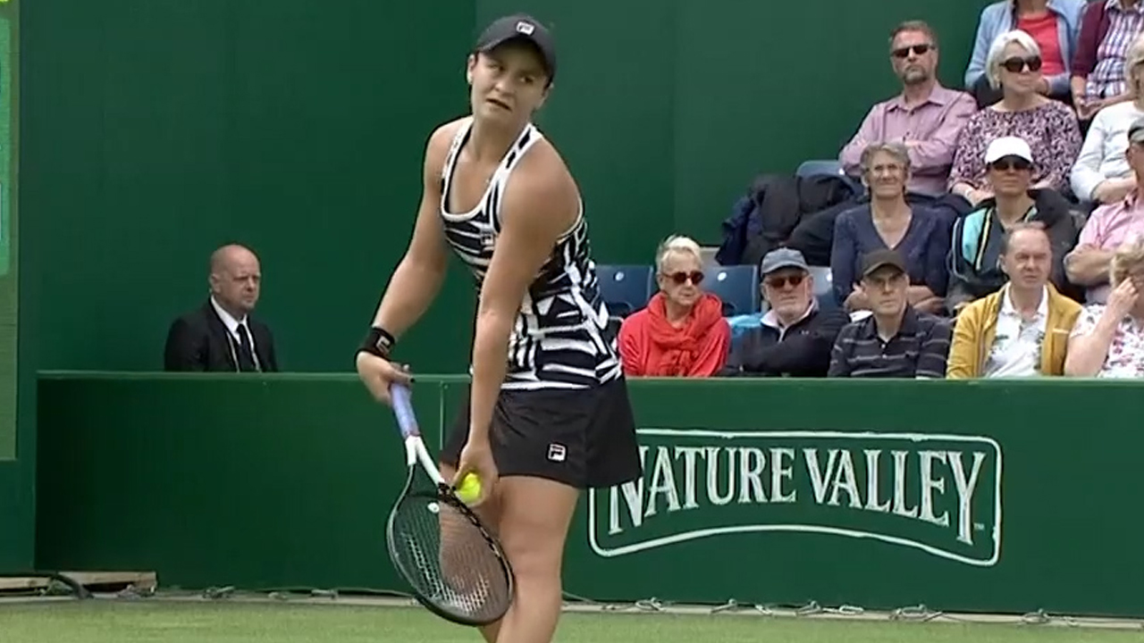 Barty wins grasscourt opener