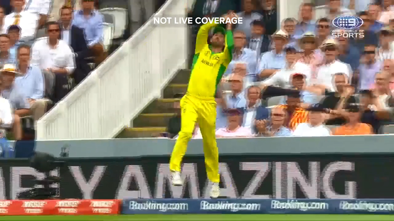 Aaron Finch and Glenn Maxwell combined for a superb catch on the boundary