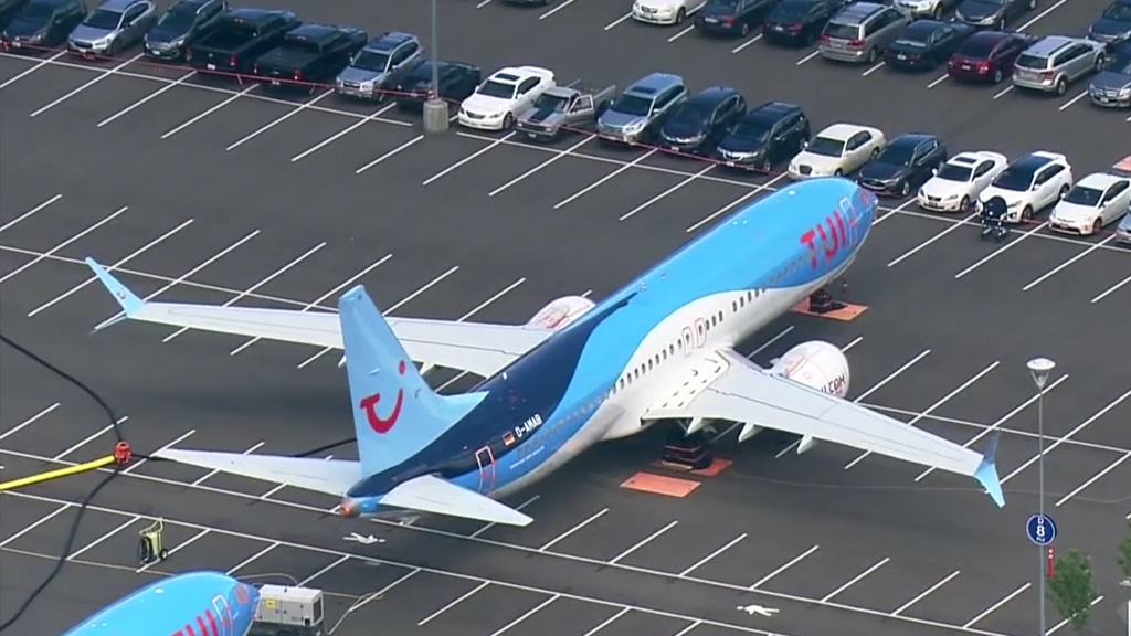 Boeing forced to store unwanted planes in staff car parks