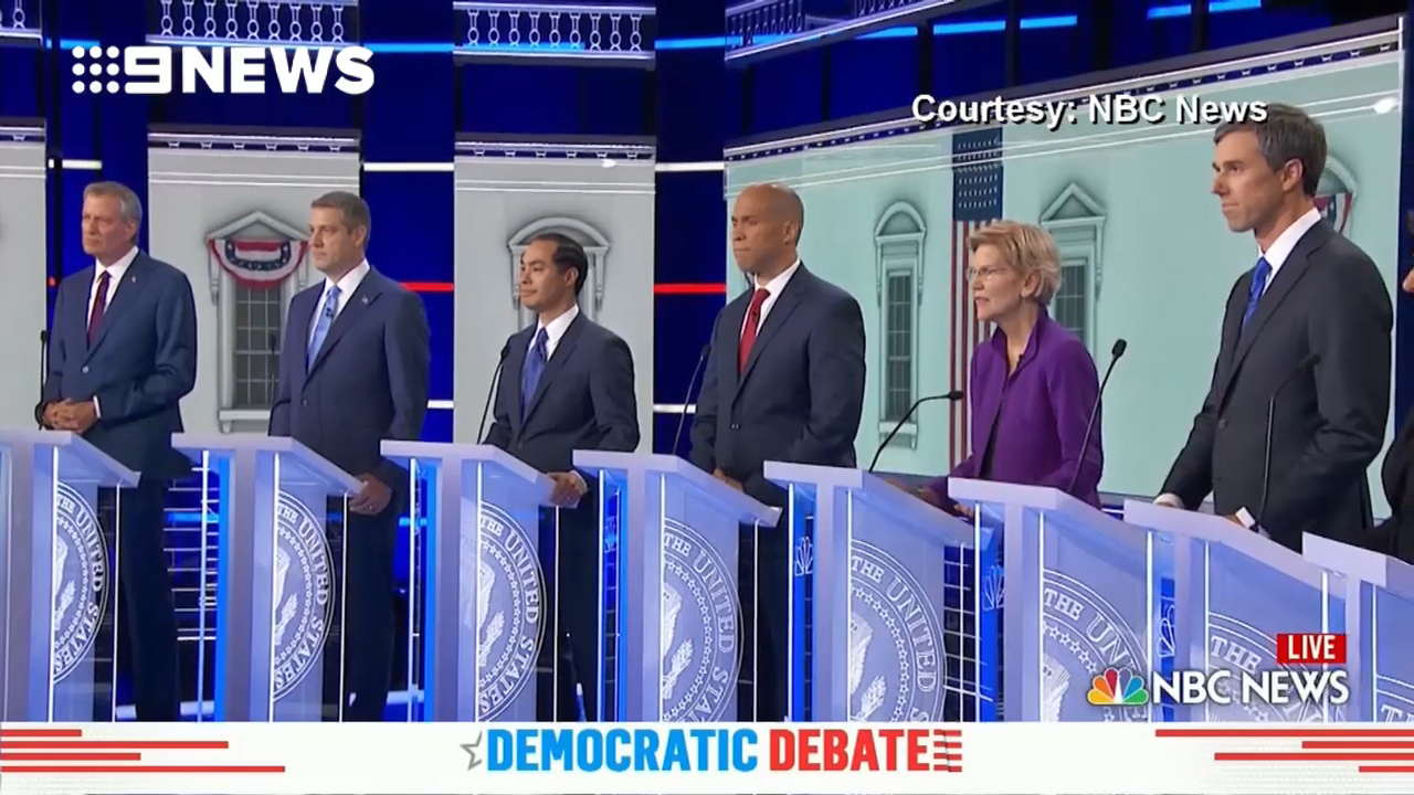 Mic issues cause major headache at Democratic debate