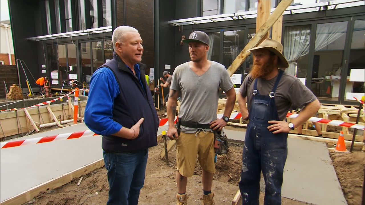 Scotty comes up with a plan for Sticks and Wombat's pool