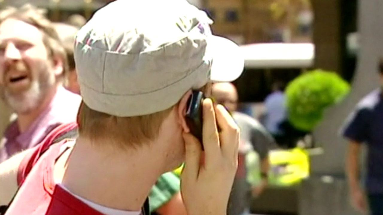 Brain cancer linked to mobile phone use