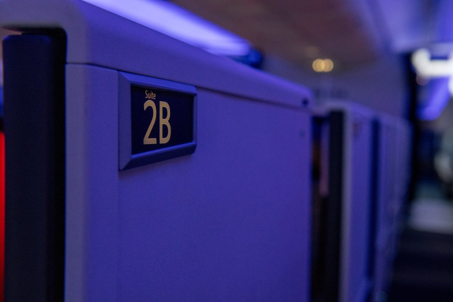 Review: Delta One business class Suites with sliding doors