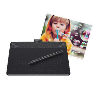 Wacom Intuos Photo Pen and Touch Tablet Small