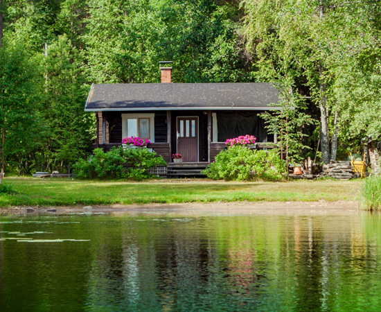 Small Cabin on Lake Side