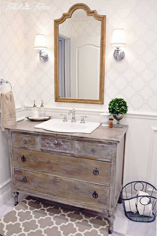 During These Pinterest Adventures I Discovered Vintage Vanities And It Was  Love At First Sight!