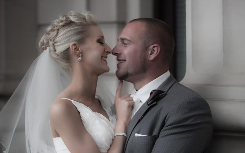 intimate wedding photography_800_500
