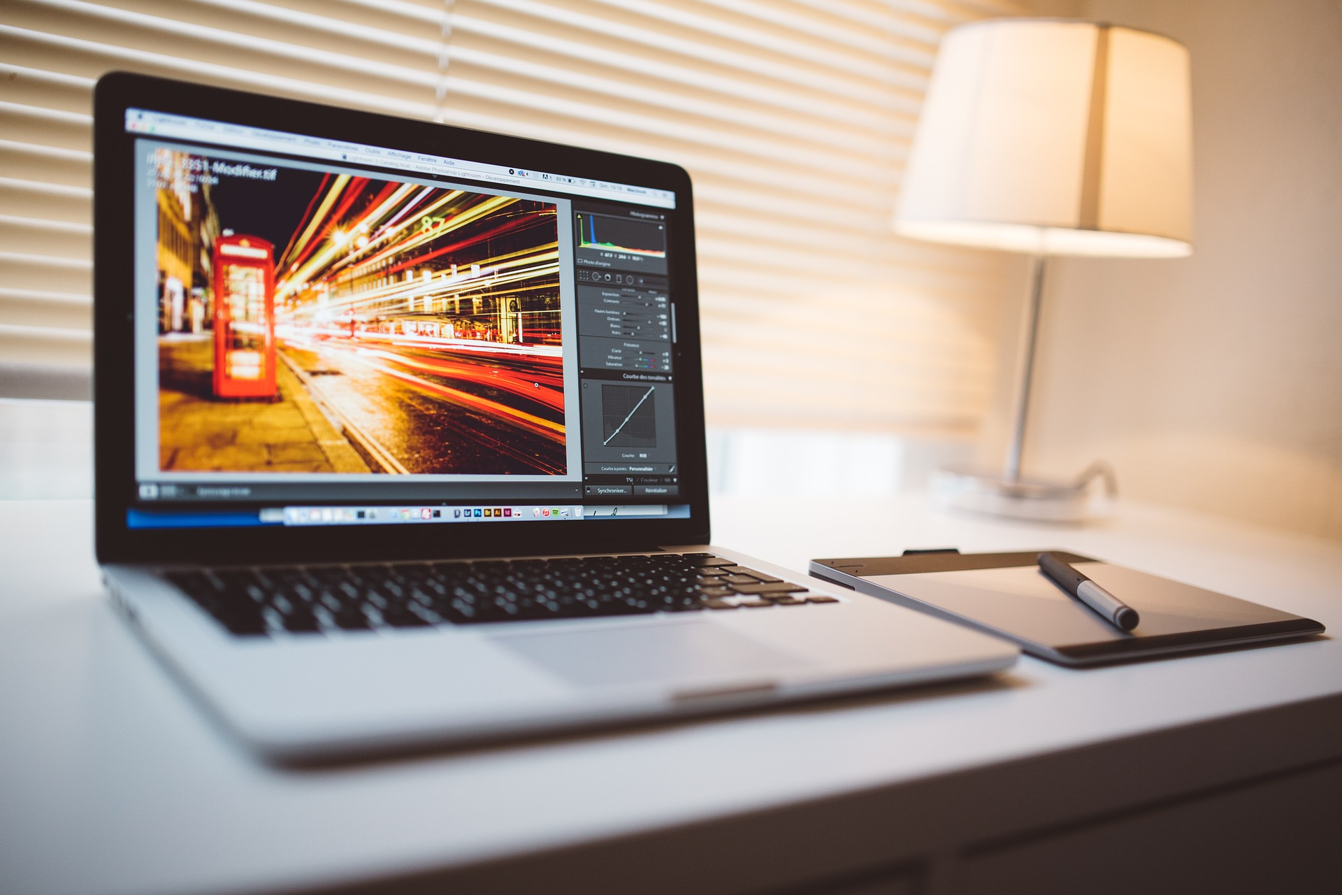 3 FREE video editing programs AND how to use them!