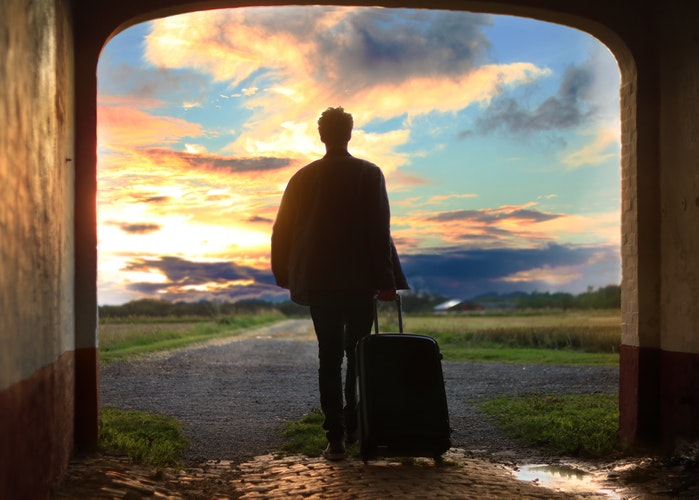 What are the Main Benefits of Moving Abroad for Work?