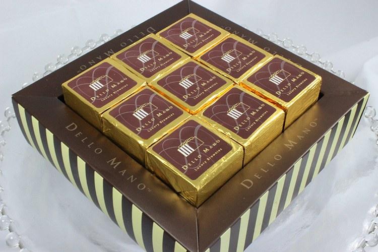 Dello-Mano-Gift-Box