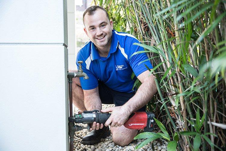 DIY tradie plumber ready set plumb
