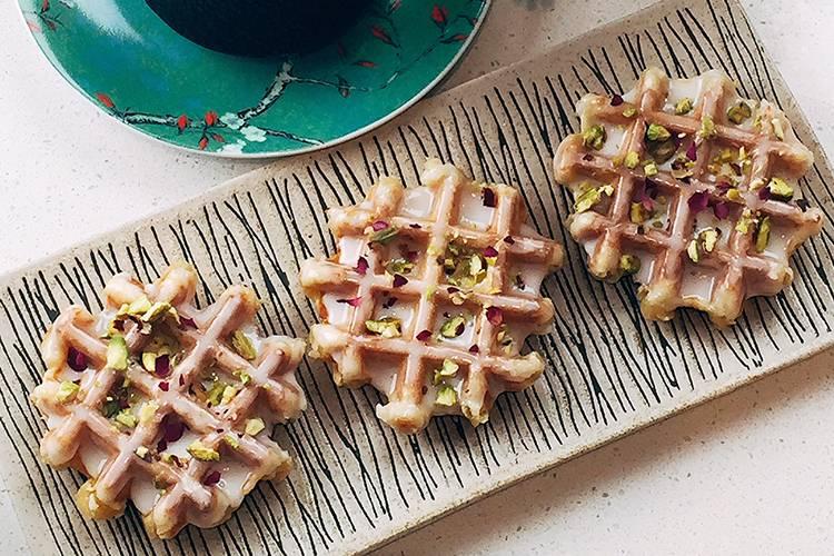 Picapika-Pistachio-Waffles