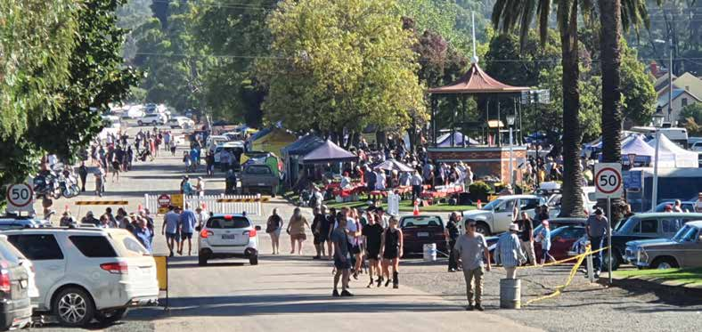 Visitors converge on Rushworth at Easter image