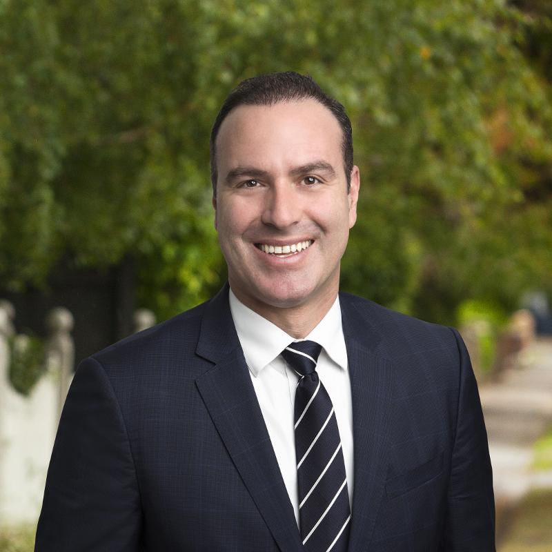 Dennis Dellas