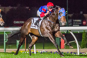 Pierro Dominant on Way to Guineas