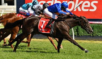 Lyre storms home to win 2019 Ladbrokes Blue Diamond Stakes