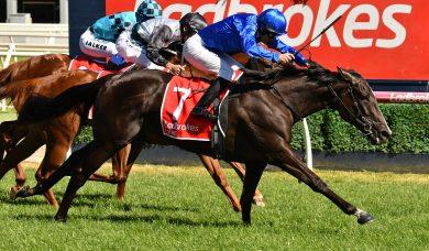 Lyre storms home to win 2019 Ladbrokes Blue Diamond Stakes