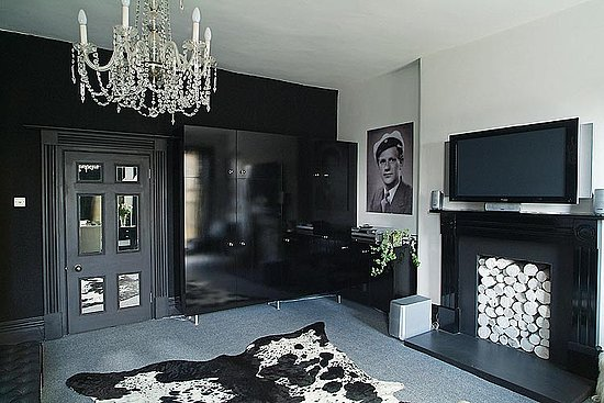 black-interior-design-ideas-9