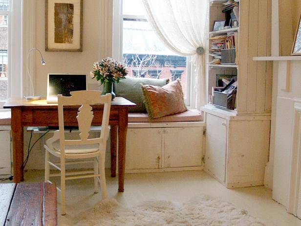 a-cosy-home-office-design-by-designer-luis-caicedo