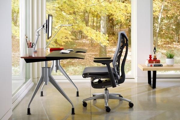 Ergonomic desk chair from Herman Miller. Image: Minimalisti